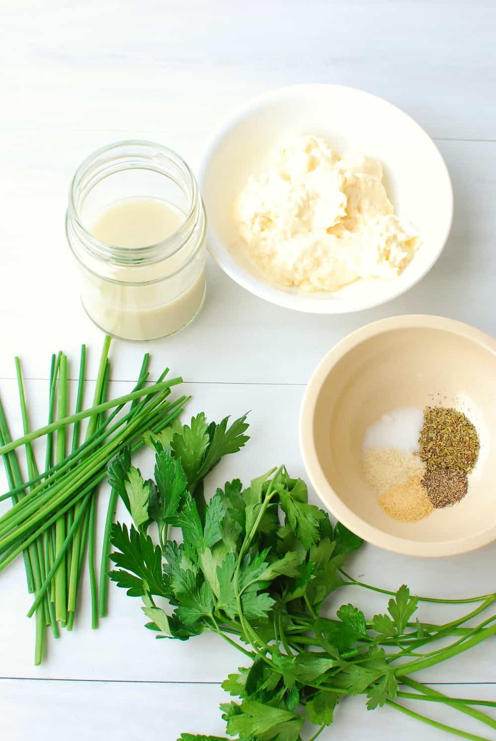 Ingredients to make dairy free ranch dressing